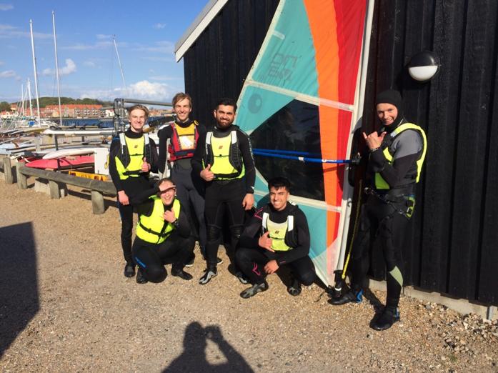 Frivillig windsurfing